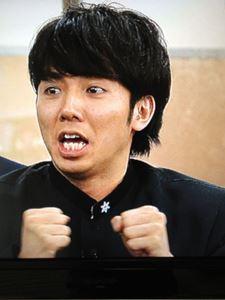 綾部祐二_R.JPG