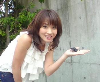 花田美恵子2.jpg